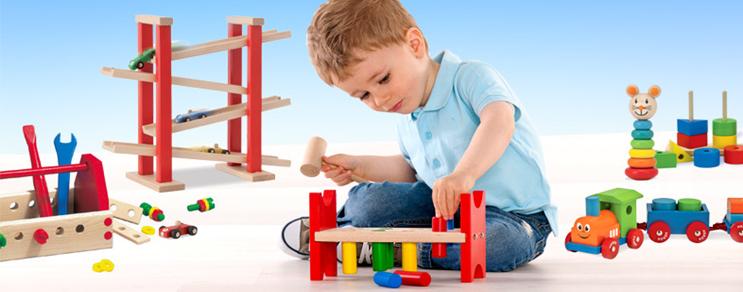 Holz-Spielzeug
